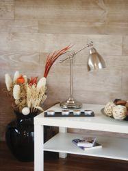 Le mélange de différentes largeurs de lames donne un aspect contemporain à l'intérieur. Photo : Gascogne Wood